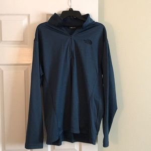 North Face sleek 1/4 zip pullover
